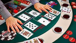 Keuntungan Menjadi Bandar Poker Kartu