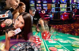 Manfaat Bermain Situs Poker Online di Kasino